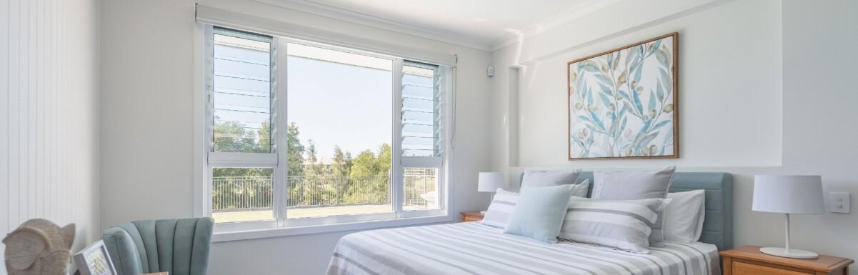 خرید پنجره دوجداره upvc از گروه تخصصصی مایان پنجره